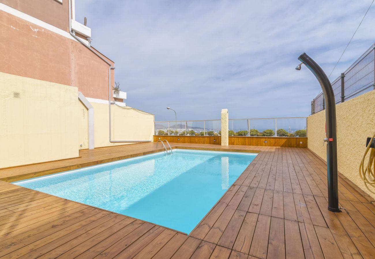 Apartamentos en las palmas de gran canaria gran apartamento con piscina y magn ficas vistas - Piscina las palmas ...