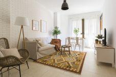 Apartment in Las Palmas de Gran Canaria - Charming Retro style apartment next to the beach!