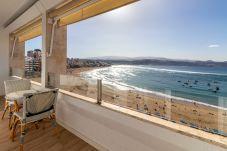 Apartment in Las Palmas de Gran Canaria - Flatguest 1st Line + Beach + 2Bdr +...